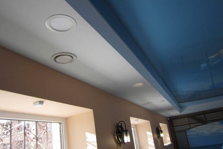 Диф узор вентиляции на потолке