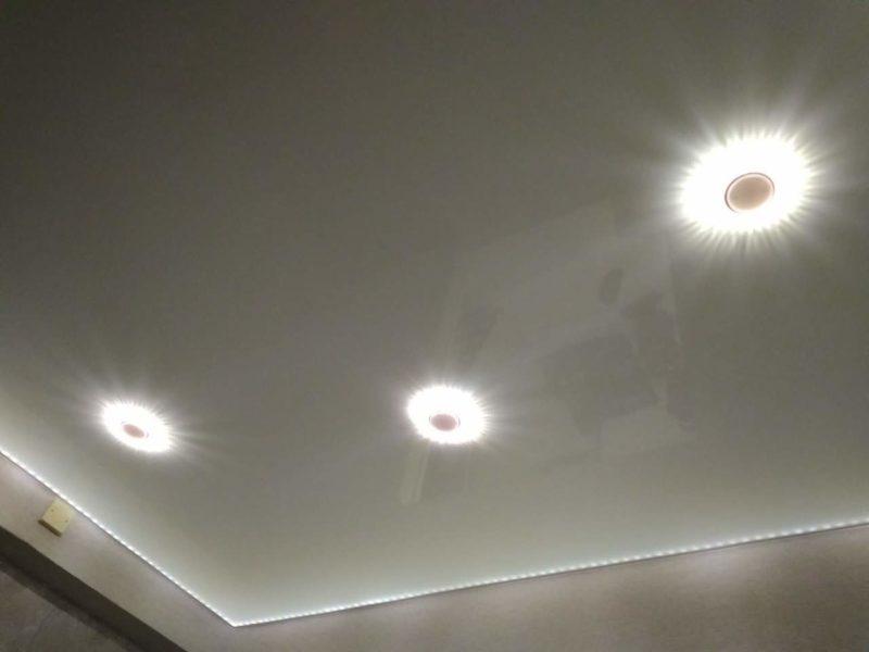 Подсветка внутренняя на натяжном потолке