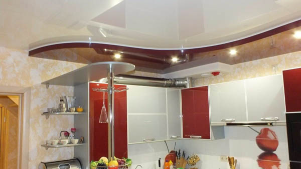 ПВХ-пленка потолок на кухне
