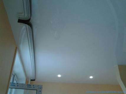 Расположение карнизов на потолке