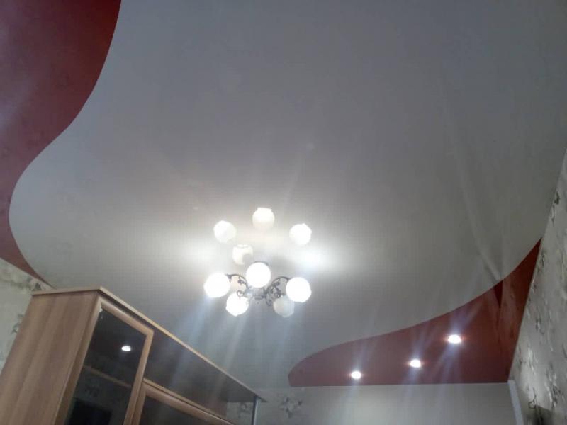 Натяжной потолок для зала