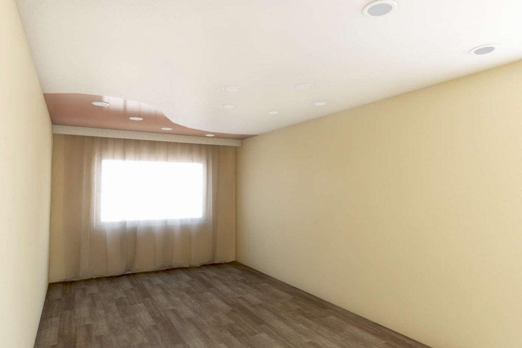 комбинированный сатиновый натяжной потолок и кофейный глянцевый цвета